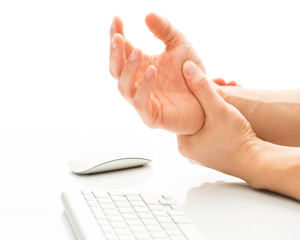 علل بی حسی و خواب رفتن در دست و پا